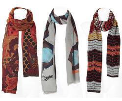 ...частью модного гардероба любой красавицы.  Теперь шарфы осени 2011 не...