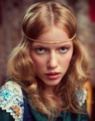 С такой длиной, наращивание волос (фото.