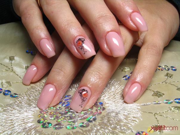 Ногти нарощенные короткие дизайн