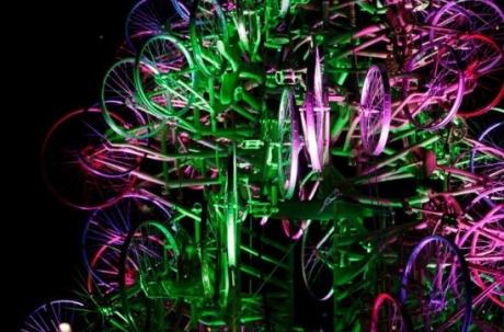 Елка из велосипедов