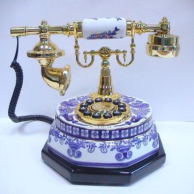 Урок – кейс «Как развивалась телефонная связь?»