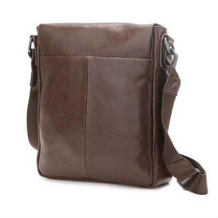 Мужская кожаная сумка на одной лямке.