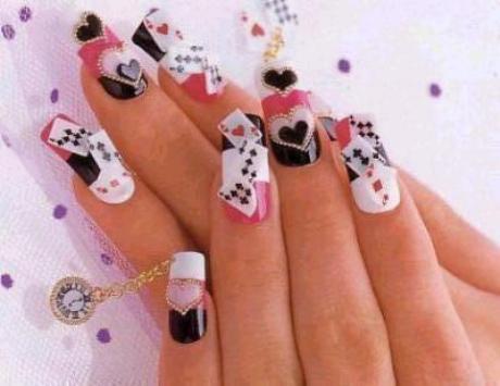 Модный маникюр: пирсинг ногтей