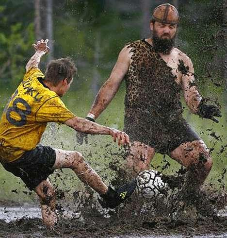 Болотный футбол — из грязи в чемпионы