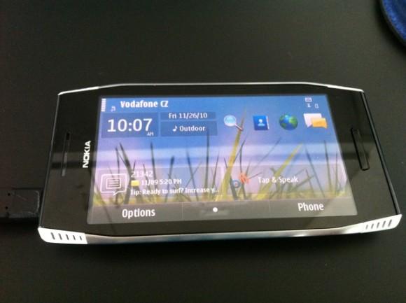 Nokia X7-00 – мультимедийный комбайн
