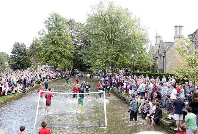 Мокрый футбол 4