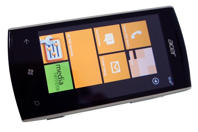 Acer W4 -  доступный смартфон с Windows Phone