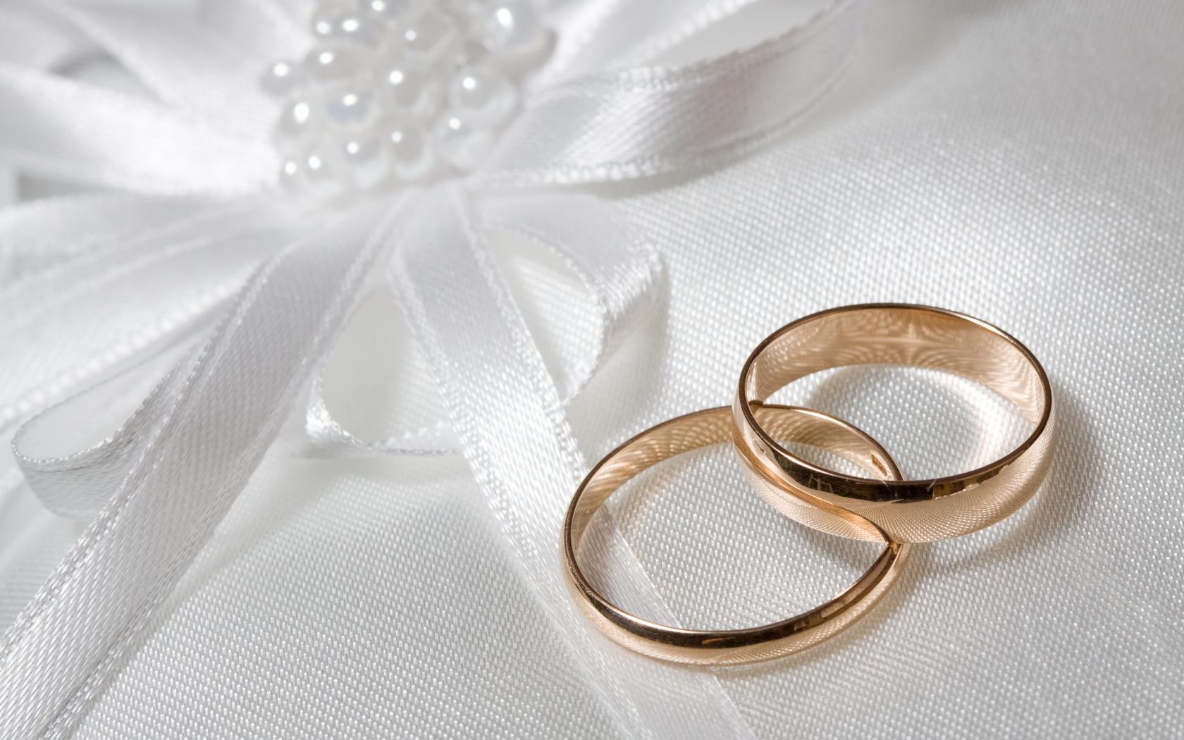 Как отметить свадьбу без банкета
