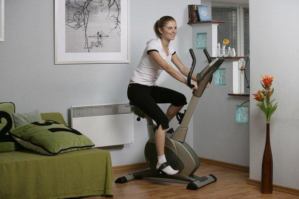 Упражнения для ног. Тренировки на велотренажёре
