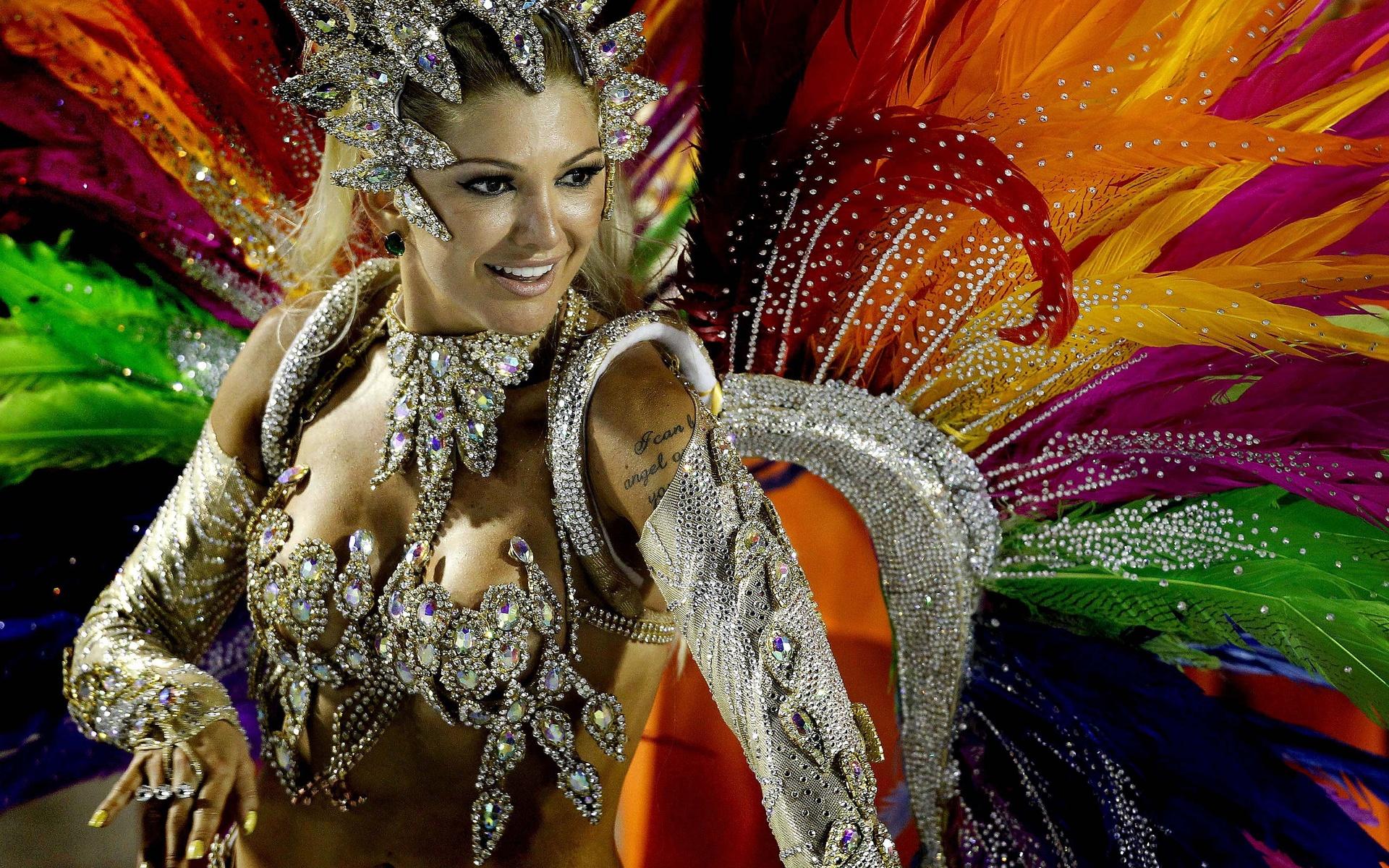 карнавал в бразилии 2016 без цензуры смотреть онлайн