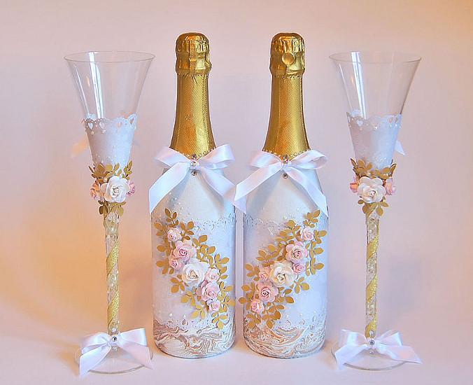 Украшение свадебных бутылок и бокалов