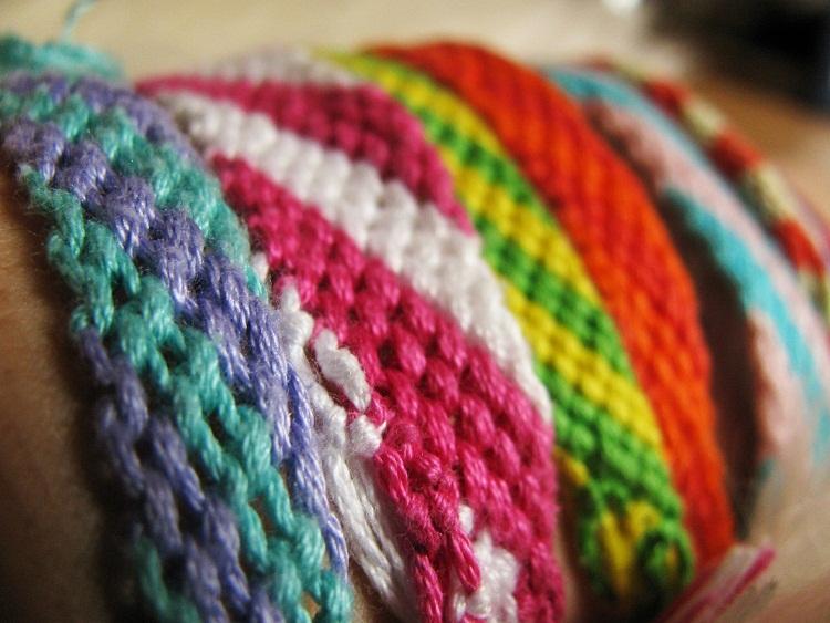 Схемы плетения браслетов-фенечек
