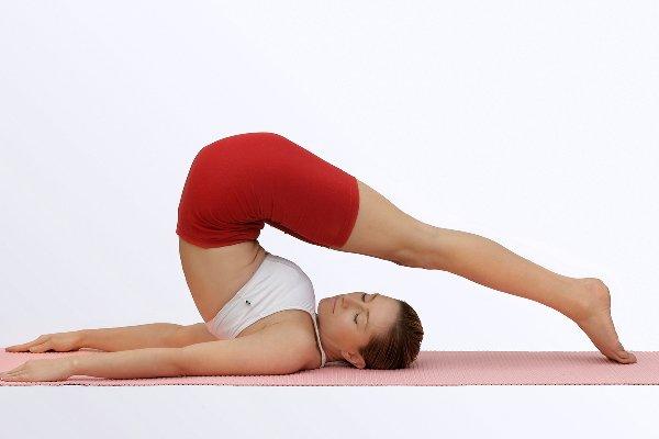 Упражнения для спины: красивая осанка и никакой боли!