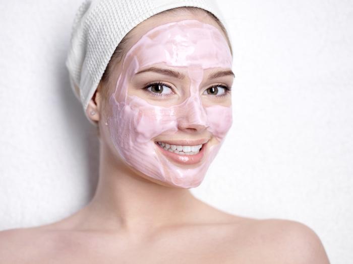 Очищающие маски для лица: рецепты масок для домашнего применения