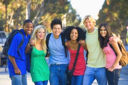 Работа для студентов за границей на лето: есть вакансии!