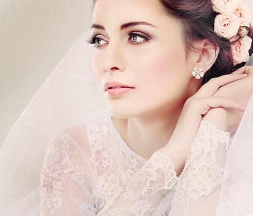 Картинки по запросу Особенности макияжа невесты