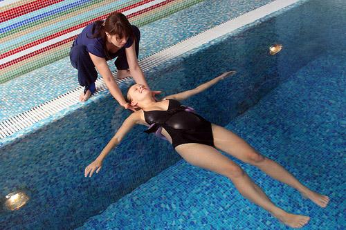 Что нужно с собой в бассейн беременной