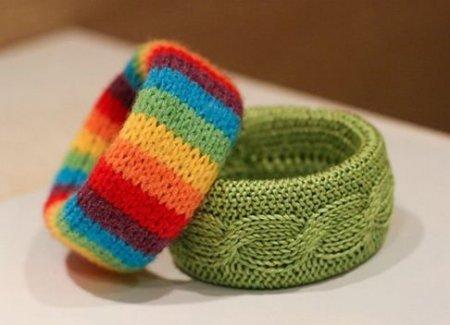 Современное рукоделие: «вязаные» браслеты