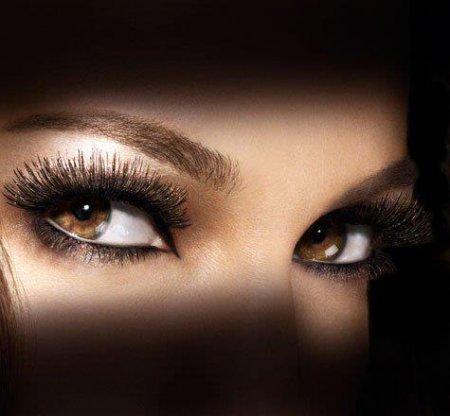 Макияж глаз: секреты и особенности