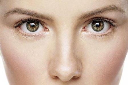 Секреты красоты: макияж бровей