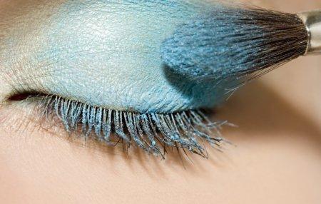 Как рисовать тени на глазах: советы и основные рекомендации