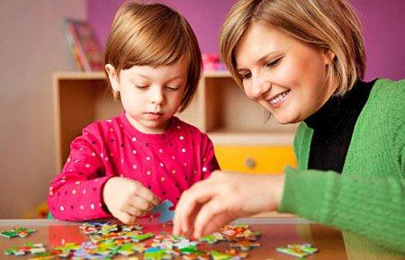 Развитие ребенка. Развивающие игры для малышей до года.
