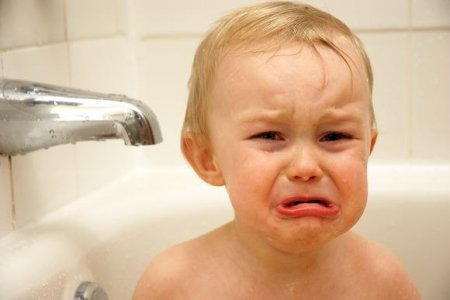 Воспитание ребенка. Страх перед ванной