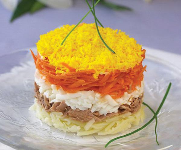 Видео как приготовить салат мимоза