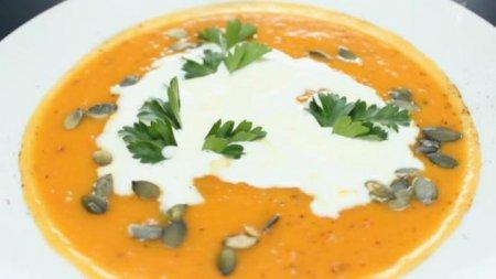 Как приготовить из тыквы крем-суп: видео