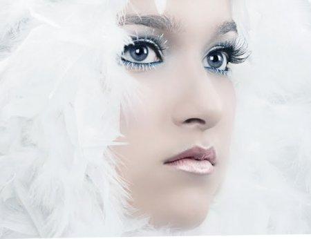 Как сделать яркий макияж фото 780