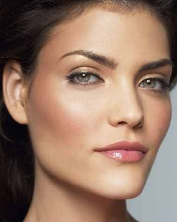 Особенности дневного макияжа глаз