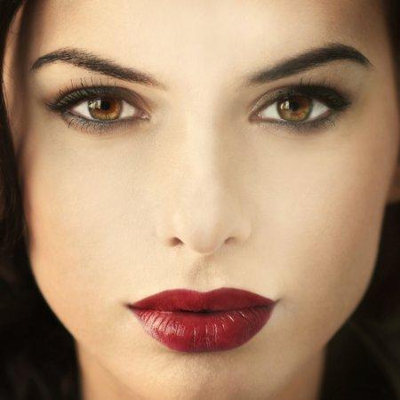 Советы визажиста: макияж карих глаз