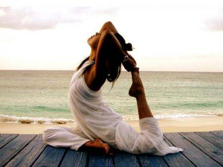 Фитнес йога упражнения