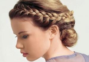 прическа на 8 марта - плетение вокруг головы