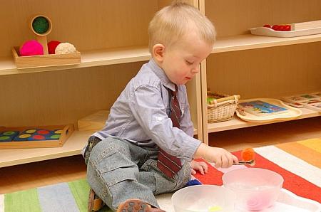 Воспитание ребенка 1 год: эксперты назвали главные ошибки молодых родителей