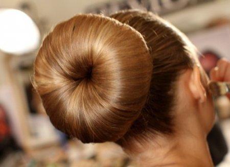 Як зробити зачіску з носка