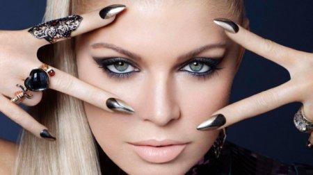 Раскрыт секрет выразительного взгляда: как сделать макияж, увеличивающий глаза