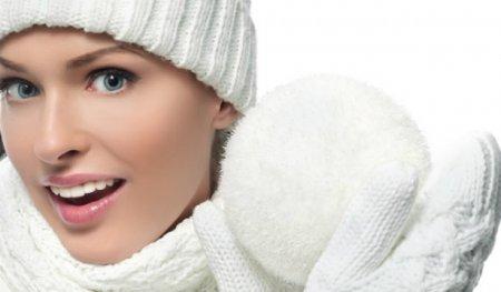 Маски для лица зимой в домашних условиях