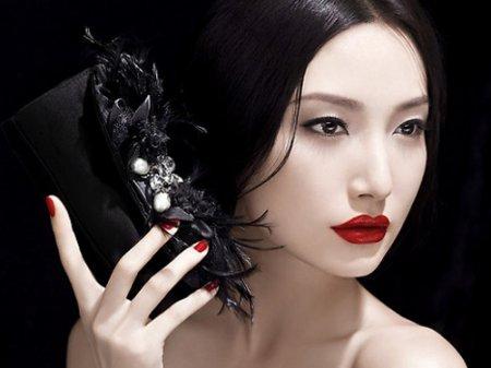 Косметологи определили как сделать японский макияж, чтобы соблазнить мужчину с первого взгляда