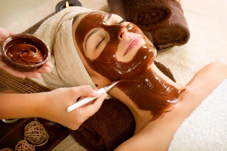 Секрет вечной молодости раскрыт: шоколадные маски для лица в домашних условиях