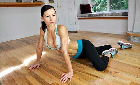 Фитнес дома: как построить красивое тело за неделю