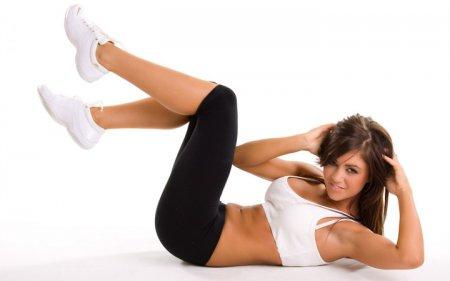 Тонкая талия за неделю: ТОП-5 эффективных фитнес упражнений для пресса