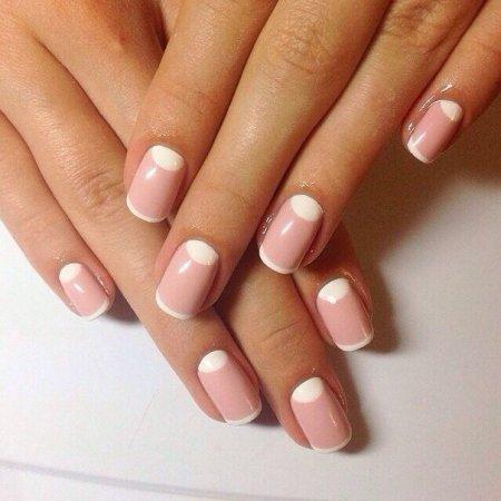 Форма нігтів для ніжного манікюру