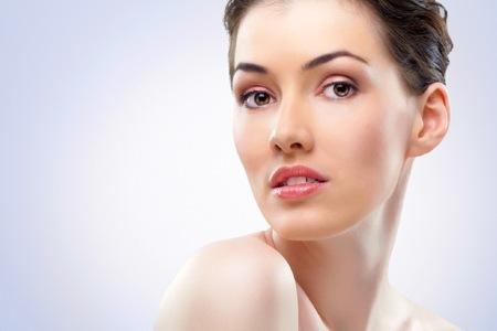 Маска для лица из алоэ для улучшения цвета лица