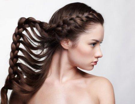 Как красиво заплести волосы за 15 минут