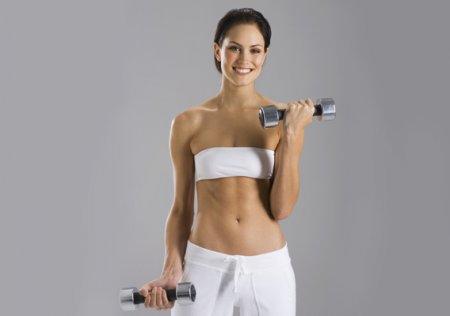 Фитнес упражнения с гантелями для женщин