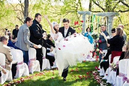 Що потрібно для весілля за містом?