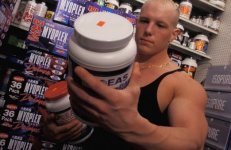 Витамины для мужчин: что добавить, от чего отказаться