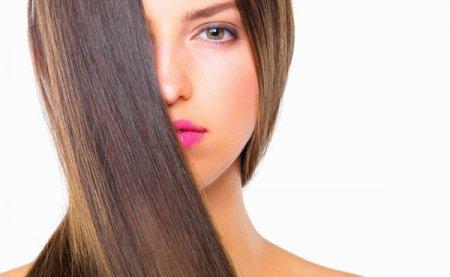 Советы парикмахера: идеальное выпрямление волос в домашних условиях