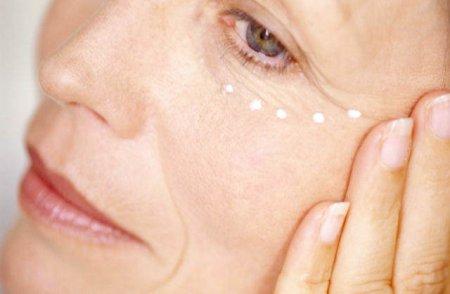 Как всегда оставаться молодой: домашние маски для увядающей кожи лица